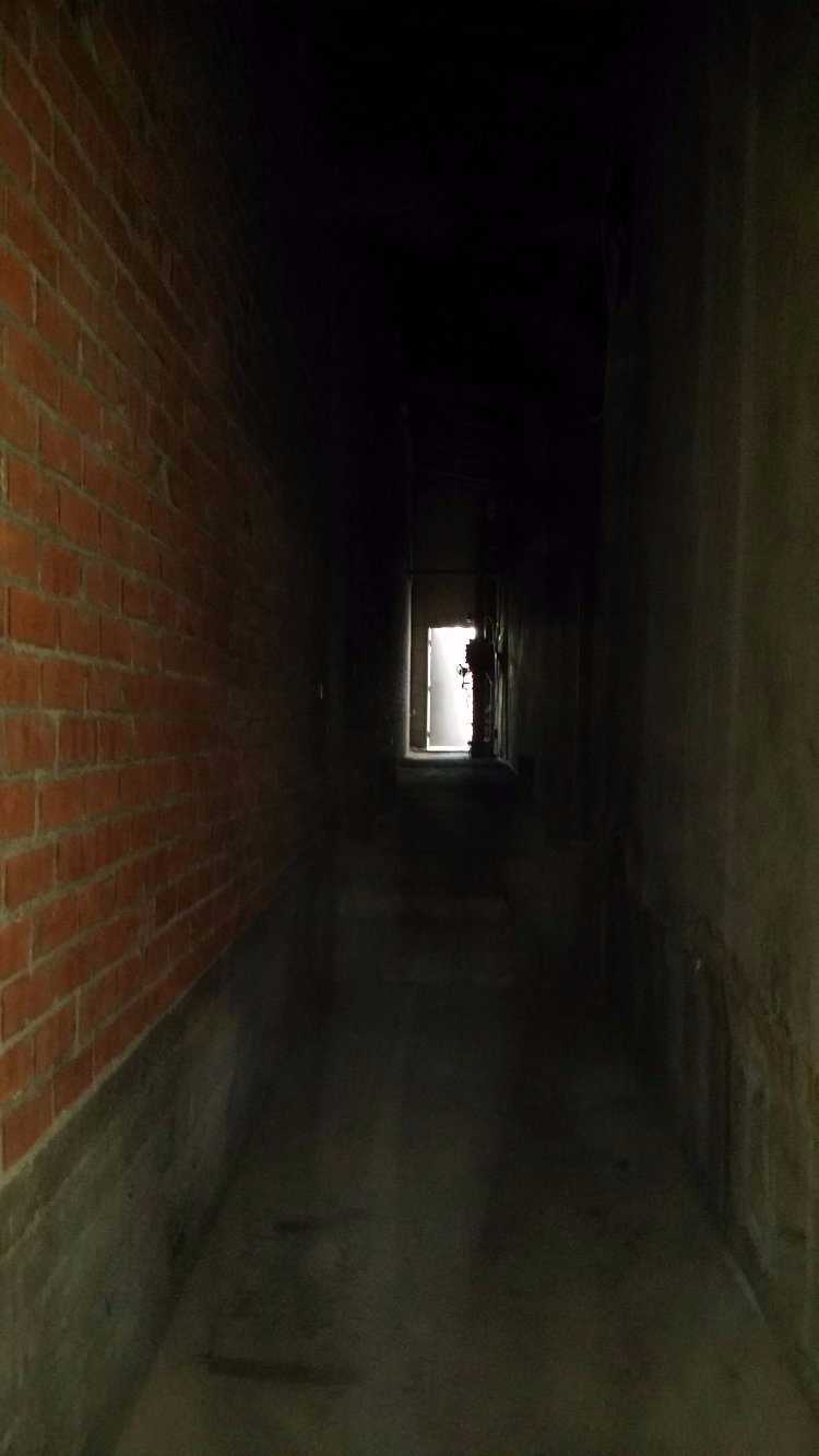 Dark Tunnel: 165 ft long tunnel 5 ft wide.