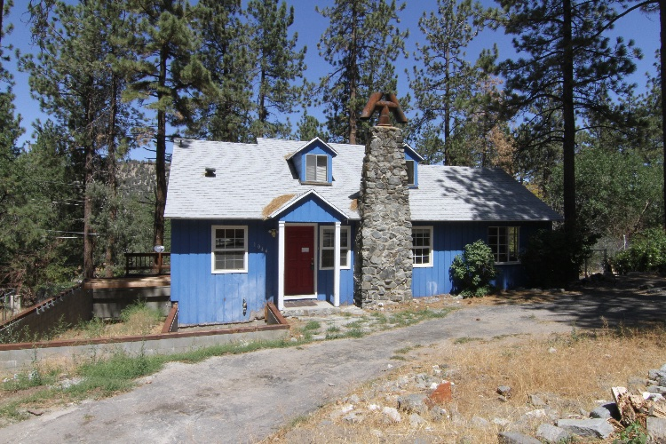 Unfurnished Two Story House in Wrightwood: House is Two Story: 2 Bedroom, 2 Bathroom, Loft Upstairs. 