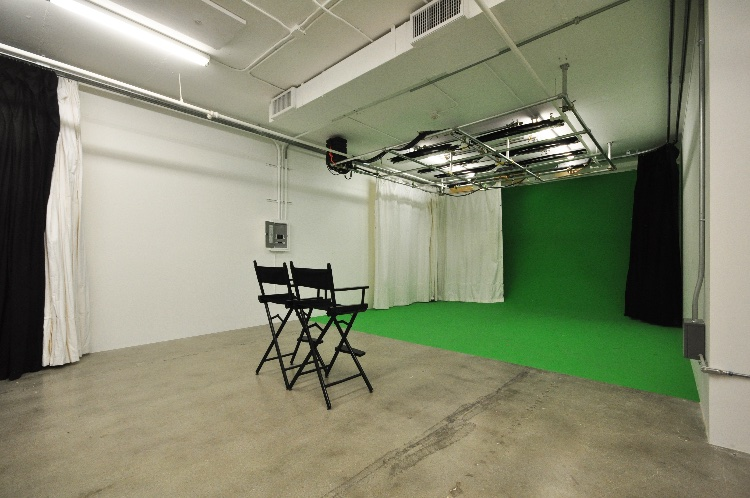Green Screen Studio with a Dressing and Makeup Room: Rental includes pre-lit green screen, white and grey seamless, lighting and grip gear, dressing room and makeup room. You also have access to a Cafe Space, Kitchen, Zen room for breaks (maximum of 10 person crew). Green Screen is 17 by 12 feet in a 1000 sq ft space. There is enough space if you need to set up another backdrop as well. Located on 11th floor. The freight elevator is available during business hours. Rentals are available mostly during business hours. Business hours: Mon-Fri 9AM-5PM. The studio can accommodate weekends for commercial shoots over 6 hours and student and indie productions over 12 hours.